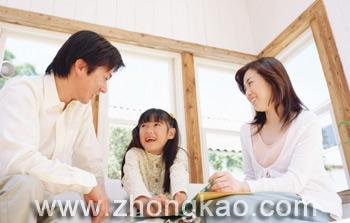 初三妈妈疑惑:初三了女儿该不该帮助同学?
