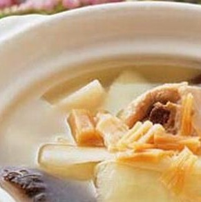 营养食谱--冬荷煲老鸭汤开胃下饭止吐的家常菜图片