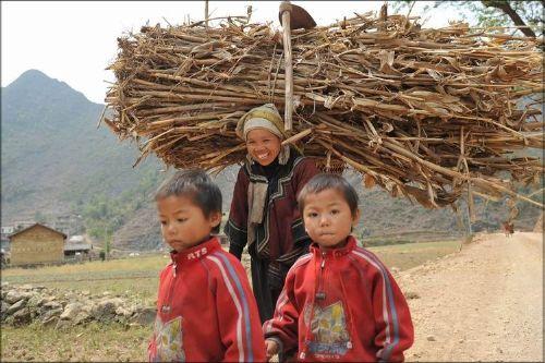 干旱灾区儿童