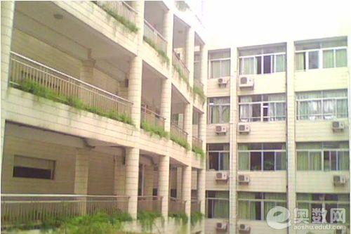 深圳外国语学校教学楼