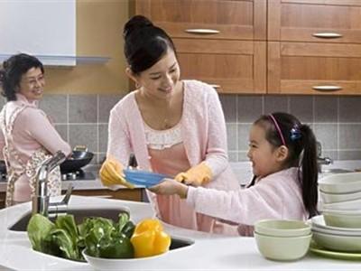 和宝宝一起快乐做家务