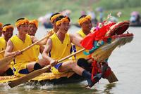 端午节习俗之赛龙舟