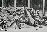 阵地上的中国士兵