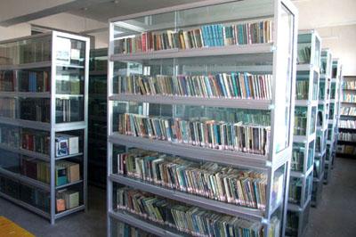 汇文中学图书馆