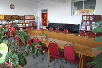 汇文中学阅览室