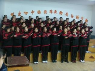 大连嘉汇中学班班有歌声活动