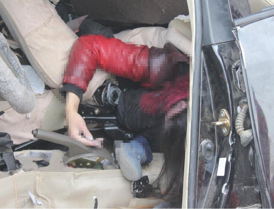 2013九年级物理月考_河南大雾致追尾事故中母亲用身体护孩子_教育动态_中考网