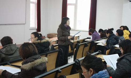 大连三十七中学如开期末考试考务会
