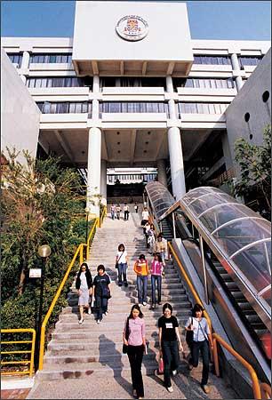 澳门大学等六所高校4月15日来沪讲解招生__上海高考网