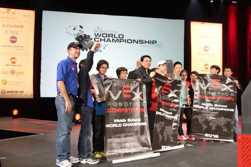 2012年VEX机器人世界锦标赛夺冠记