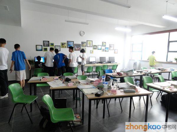 首届南京大学・苏州中学匡亚明实验班 18人跨越高考