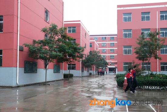 太原杏岭实验学校校园风貌及硬件设施 组图 2图片