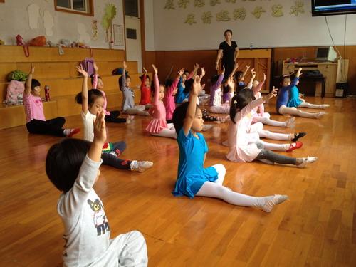 青岛福林小学舞蹈团成立
