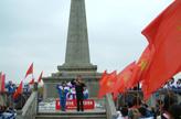 清明节习俗:革命烈士敬礼