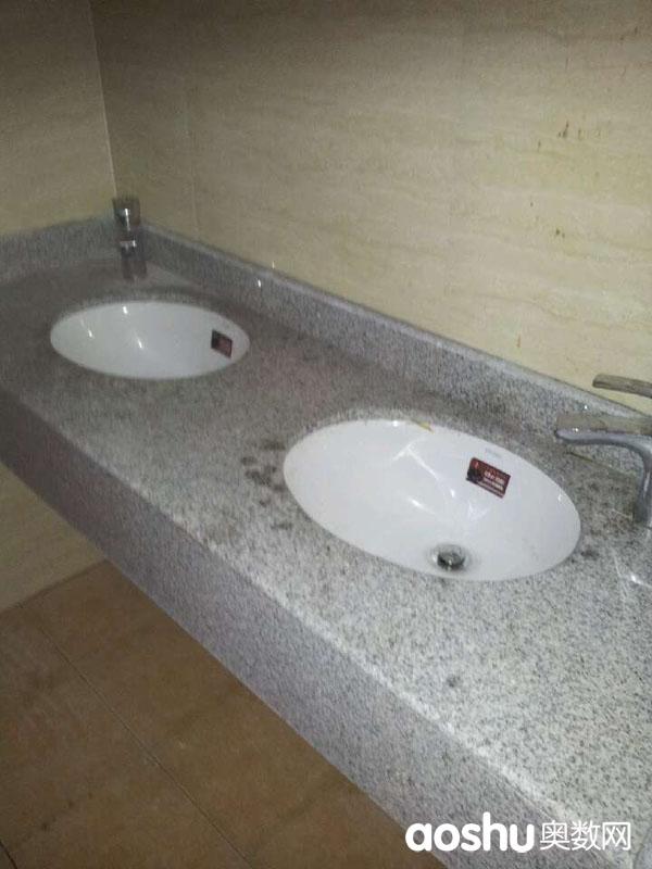 无锡外国语中学宿舍洗脸池