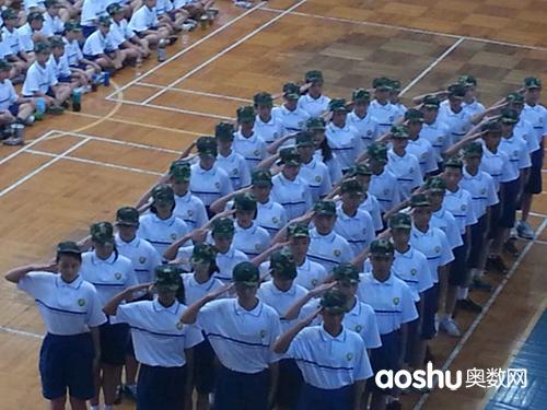 广雅实验学校2013年初一新生军训照片2