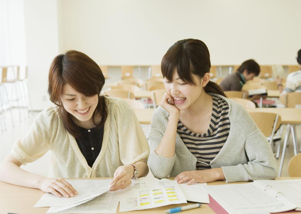 学生会英文自我介绍大全