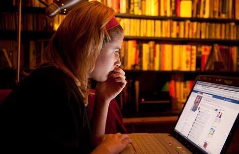 社交媒体激增 致青少年交友减少